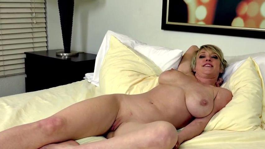 Williams porno dee DEE WILLIAMS